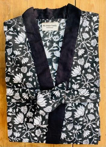 kimono celadon fleuri black noir nénuphar vert émeraude fuschia coton blockprint Inde Ma Jungle Family